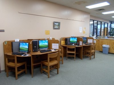 Library Computer stations.jpeg